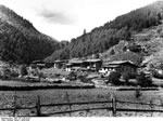 Bundesarchiv Bild 135-S-06-03-07, Tibetexpedition, Blick Auf Rinchigang