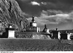 Bundesarchiv Bild 135-S-11-16-20, Tibetexpedition, Chörten