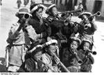 Bundesarchiv Bild 135-S-12-17-20, Tibetexpedition, Neujahrsfest Lhasa