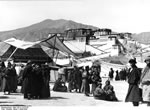 Bundesarchiv Bild 135-S-14-25-28, Tibetexpedition, Neujahrsfest Lhasa