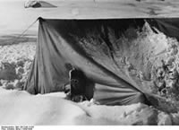 Bundesarchiv Bild 135-S-06-17-04, Tibetexpedition, Expeditionslager, Zemutal