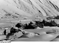 Bundesarchiv Bild 135-S-06-18-24, Tibetexpedition, Expeditionslager, Zemutal